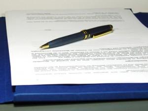 Kugelschreiber auf Formblatt